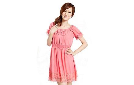 蕾丝花边连衣裙桃粉色
