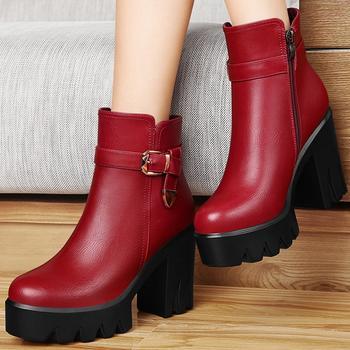 马丁靴潮女短靴秋冬?#25964;指?#22899;靴子