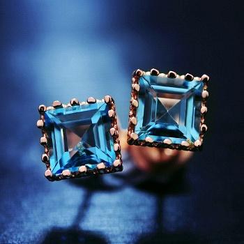 中国•925银天然蓝色托帕石围城耳钉