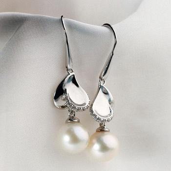 珍爱珍珠银耳坠