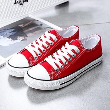 韩版低帮系带白色帆布鞋女鞋红色