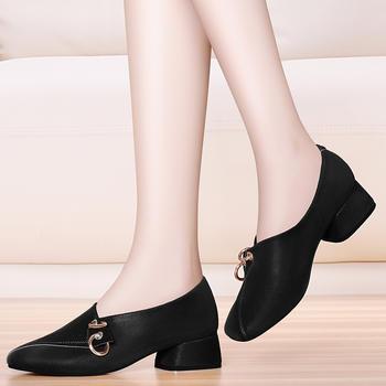方头百搭粗跟单鞋玛丽珍时尚单鞋