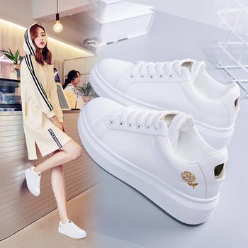 刺绣小白鞋女秋冬季2018新款女鞋