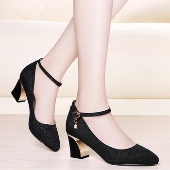 时尚女方跟韩版百搭浅口高跟单鞋