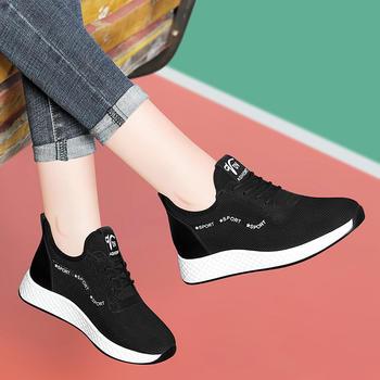 运动鞋女新款冬季平底百搭休闲鞋