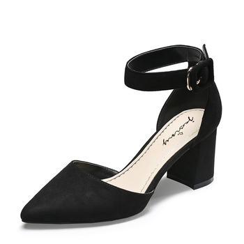 卓诗尼一字扣羊反绒皮女鞋粗跟春夏季高跟尖头凉鞋