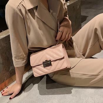 雅诗罗 2019新款绣线女士小方包单肩斜跨包锁扣女包