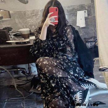 黑色碎花雪纺连衣裙超仙中长款2019流行印花裙子新款