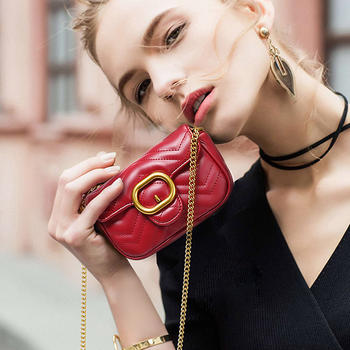 TOUTOU少女斜挎包新款质感时尚chic小香风菱格链条包