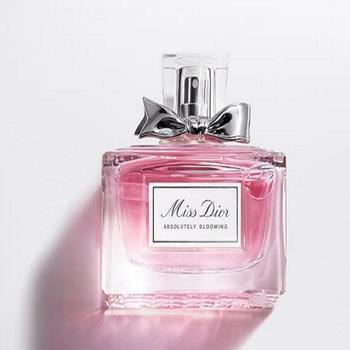迪奥小姐漫舞花漾香氛  献给妩媚诱人的Dior迪奥小姐