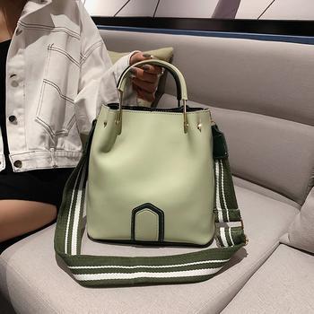 千黛名媛上新时尚水桶包大容量撞色韩版单肩包
