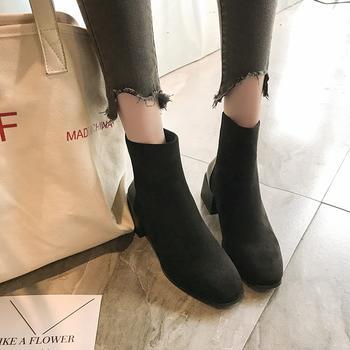 蝶恋霏冬季新款时尚百搭韩版方头拼接低跟切尔西短靴