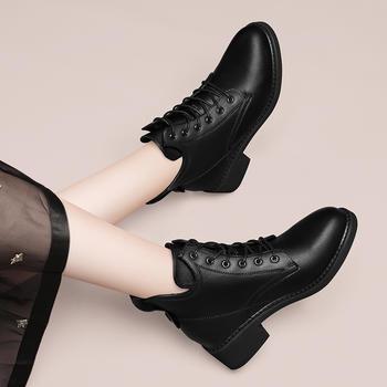 马丁靴秋冬百搭白色网红英伦短靴