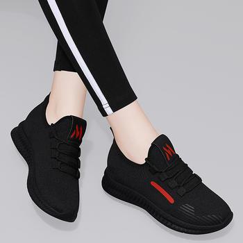 新款布鞋时尚休闲加绒平跟女棉鞋