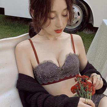 维妮芳 无钢圈加厚柔软小胸平胸聚拢显大上托绑带蕾丝文胸套装